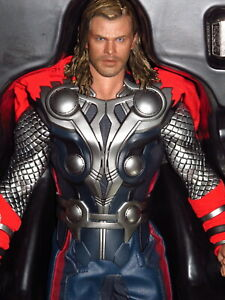 """Hot Toys - The Avengers - Thor 12"""" Action Figure #901864 w/ Boxes"""