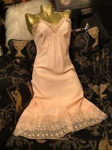Antique 1930s 1940s Vintage Slip Rayon 🌸and Lace Summer Slip Dress Size 10/12