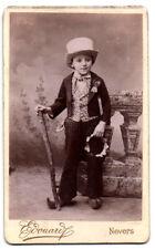 CDV. Jeune garçon en tenue traditionnelle. Photo Edouard. Nevers