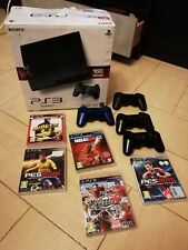 Consola PS3 seminueva, incluyo mandos, varios juegos y viene con la caja origina