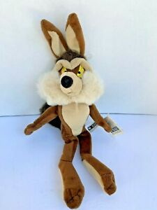 """Wile E. Coyote Plush 2000 Warner Bros Studio Store 14""""  With Tags"""