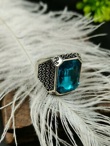Chinese old Tibet silver Carving  inlaid blue color gemstone ring