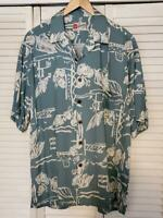 Hilo Hattie Men's Short Sleeve Blue/White Floral Hawaiian Camp Shirt Size L