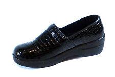 New Nurse Black Work Shoe Comfortable Clogs Light Weight Crocodile Print