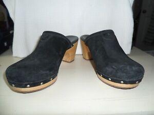 "UGG ABBIE Mule Clogs Studded 3"" Wooden Platform Black Suede Leather Size 7"