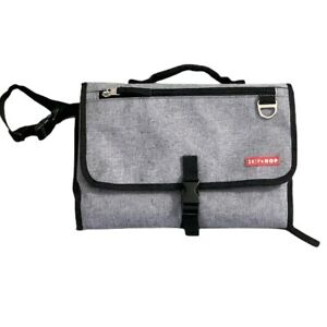 Skip Hop Pronto Baby Changing Station & Diaper Clutch Gray 1564H