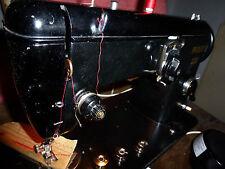 Ihr Mechaniker empfiehlt Nähmaschine PFAFF 230 Black  Top Aussehen Blickfang