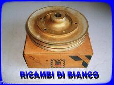 PULEGGIA POMPA ACQUA   AUTOCARRO IVECO 330.35 /   4750425