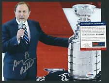 "Gary Bettman signed 8""x10"" photograph PSA Authenticated NHL Commissioner"