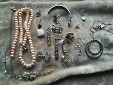 15+ Odd Silver Jewellery & a Broken Teng Yue Pearl Necklace.