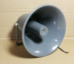 Realistic Powerhorn PA Music Paging Speaker 8 OHMS Vintage EXCELLENT CONDITION!!