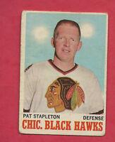 1970-71 OPC  # 17 CHICAGO HAWKS PAT STAPLETON  CARD