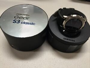 Samsung SM-R775T Gear S3 Classic 46mm GSM + LTE - Black Leather Strap - Grade A