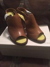 CALVIN KLEIN JEANS Women's Sallie Leather Sandals ~ Size 8.5
