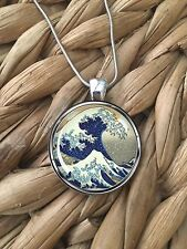 THE GREAT WAVE OFF KANAGAWA Ocean Surf Glass Pendant Silver Chain Necklace NEW