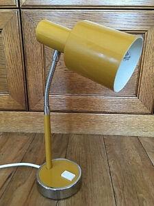 Vintage Italian Mid Century 60 / 70s Retro Desk Lamp / Light by Prova