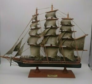 """Vintage Wooden Tall Leather Sail Clipper Ship Model 21""""x15.50"""" FLYING CLOUD 1851"""