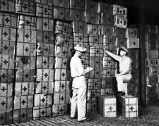 New 11x14 World War II Photo: American Red Cross Prepare Gift Boxes for Soldiers