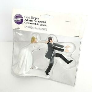 "Wilton Wedding Cake Topper Bride Groom Funny Comical 4.25"" Humorous"