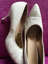 Vtg 1950s 60s White/ Cream Leather Sole Oxford Pumps Heels Shoe Pinup Retro 9 A