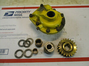 John Deere TRS24 TRS26 TRX24 TRX26 snow blower auger gear box with gears