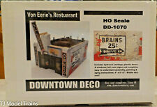 Downtown Deco- HO-Scale #DD1070 Von Eerie's Resturant