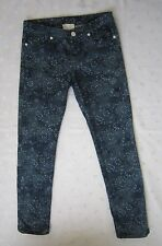 Girl. Band of Outsiders Dark Wash Denim Floral Print Skinny Leg Jeans Sz 1 / W26