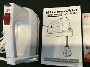 KitchenAid KHM3 White Hand Mixer Made in the USA - No Beaters 3 speeds, top mint
