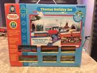 Tomy Thomas Holiday Set Thomas & Friends Motorized Road & Rail  System