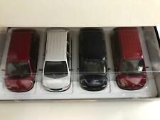 Maisto Plymouth Voyager/Dodge Caravan MiniVan 4 Cars Set 1:26 Scale Diecast NEW