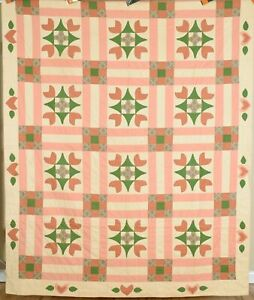 Vintage 40's Nine Patch Antique Quilt w/ Hearts Applique ~GREAT DESIGN!