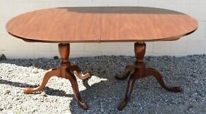 Kittinger Richmond Collection Mahogany Two Pedestal Dining Table with 2 Leaves