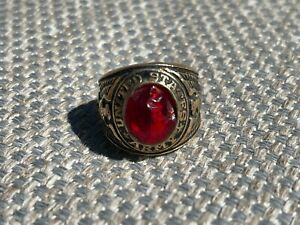"""""""UNITED STATES ARMY"""" 10K GOLD FILLED CREST CRAFT MILITARY RING RED STONE NICE!"""