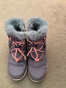 Sorel girls waterproof boots size uk 1