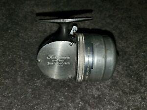 Vintage Shakespeare No. 1870 Wondereel push button spincasting fishing reel