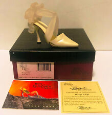 2001 Just The Right Shoe Wrap It Up 25116 New! Never Displayed! Mint In Box!