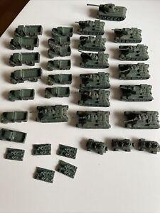 T34 WW2 Russian Tanks, Trucks, And Soldiers Miniatures