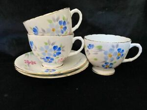 Sutherland fine bone china tea cups x3 and saucers x2