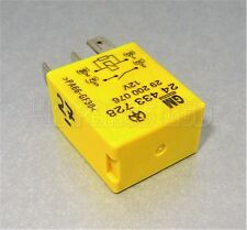 R27/ Vauxhall Saab Turn Signal Light Yellow Relay GM 24433728 29200076