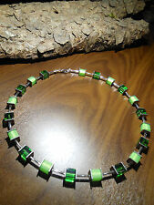 Neu unikat grün Würfel Polariskette bunt Halskette Collier Polaris perlen kette