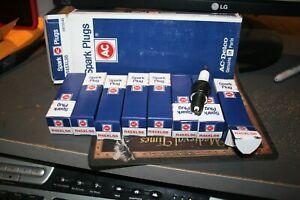 8 nos Spark Plug  ACDelco Professional  R45XLS6