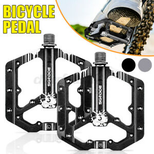 """Bicycle Pedals Metal Alloy Black Silver 9/16"""" Tough Pedal Reflective Reflectors"""