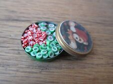 Dollhouse Miniatures 1:12 Scale Round Christmas Tin with Candy #IM65348