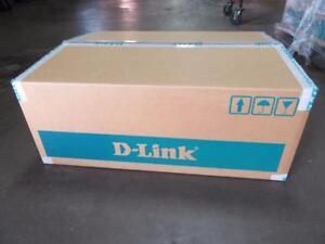 "New D-Link xStack DSN-4100 NSN4100C-B1G 16-Bay 3.5"" SAS 3U iSCSI SAN Disk Array"