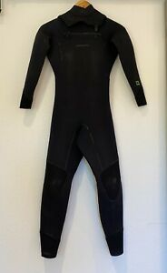 Patagonia Womens R2 Wetsuit Front Zip 12-16 degrees 4/3mm Size 2
