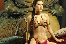 PRINCESS LEIA IN CHAINS  8X10 PHOTO