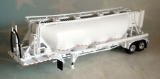 DCP WHITE 4 BAY PNEUMATIC TANKER TRAILER 1/64 34273 T
