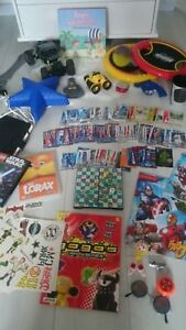 LARGE MORE THAN 30 ITEMS Bundle TOYS FOR BOY FIGURES CAR TATTOOS GAMES LIGHT 4Y
