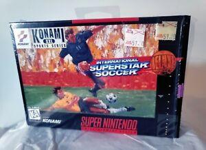 RARE International Superstar Soccer Deluxe Super Nintendo SNES 1995 COMPLETE