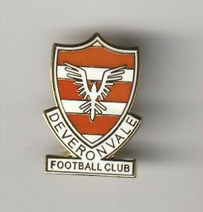 Deveronvale ( Scottish Highland League ) - lapel badge brooch fitting